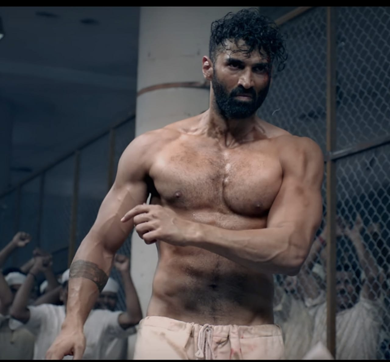 Aditya Roy Kapur S Extreme Physical Transformation For Malang Happened In Just 2 Months Bollywood Bubble