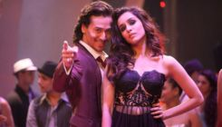 Shraddha Kapoor has THIS to say to 'Baaghi' co-star Tiger Shroff acing the 'Muqabala' dance