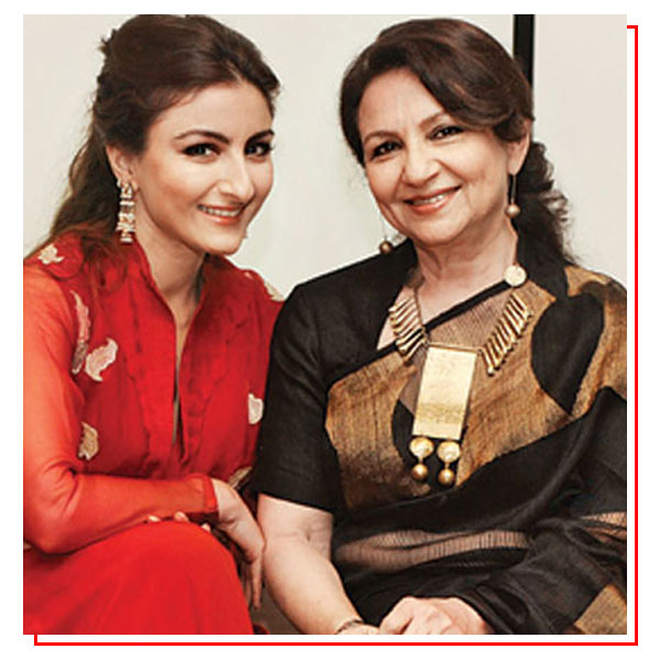 Mother Daughter duo Bollywood