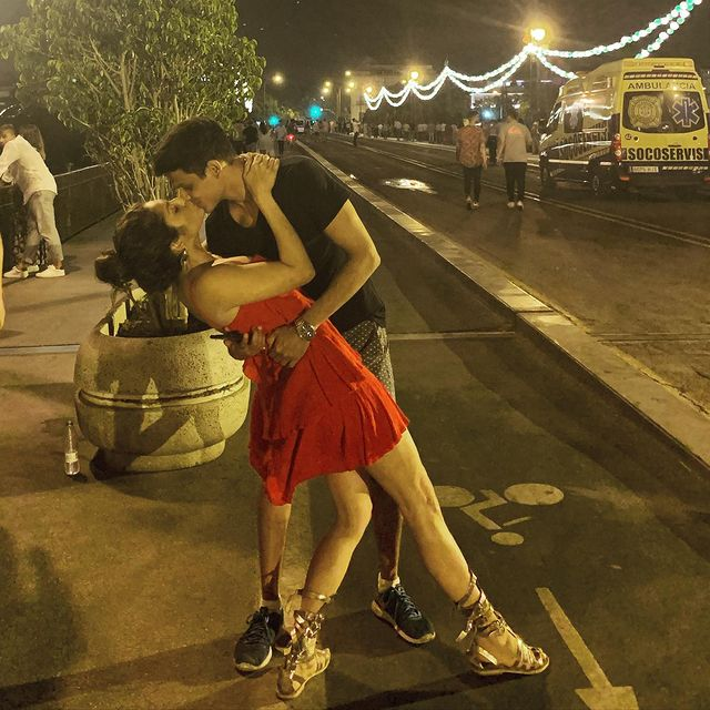 Kissing on the street