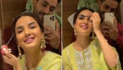 Aly Goni capturing Jasmin Bhasin applying make-up is cute AF; watch video