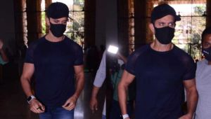 Hrithik Roshan arrives at Crime Branch office to record statement against Kangana Ranaut in online impersonation case